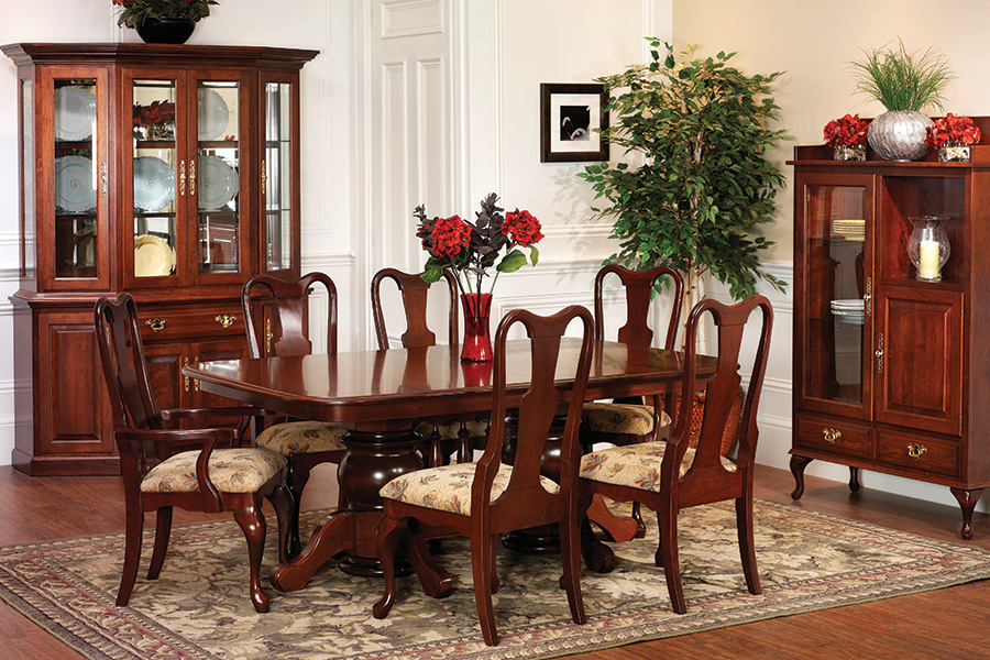 queen Victoria double pedestal dining room collection